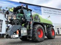 CLAAS XERION 3800 SADDLE TRAC mit SGT Aufbau Traktor