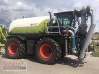 Traktor des Typs CLAAS Xerion 3800 ST mit SGT Aufbaufaß und Anhänger inkl. Bomech Verteiler, 18m AB, 32 m3 Gülle in Schierling