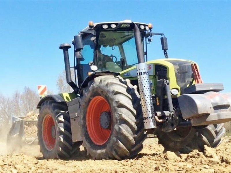Traktor des Typs CLAAS XERION  3800 TRAC, Gebrauchtmaschine in Vinderup (Bild 1)