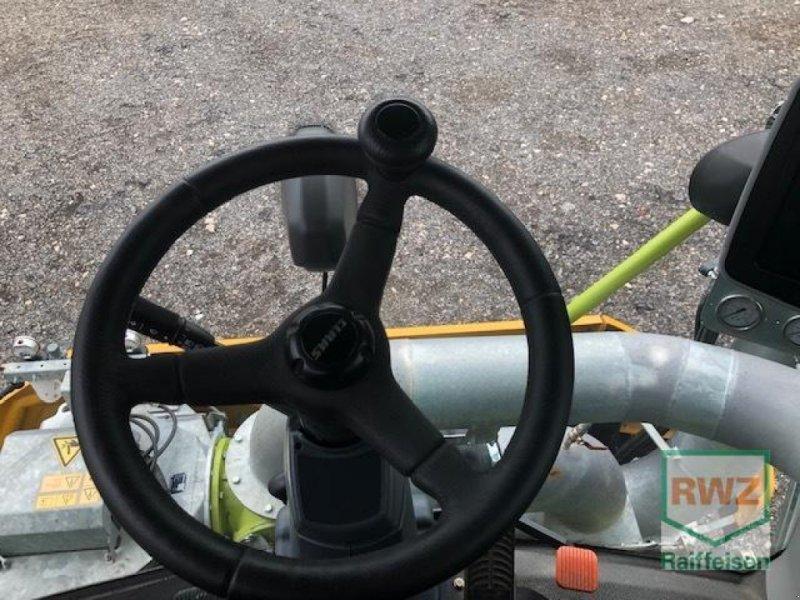 Traktor des Typs CLAAS Xerion 4000 Saddle Trac, Gebrauchtmaschine in Wipperfürth (Bild 5)