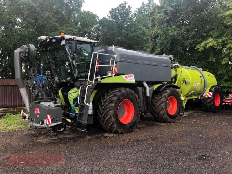 Traktor des Typs CLAAS XERION 4000 Saddle, Gebrauchtmaschine in Suhlendorf (Bild 1)