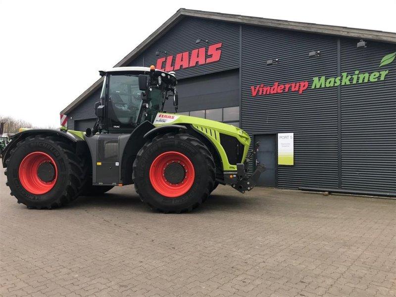 Traktor des Typs CLAAS XERION 4000, Gebrauchtmaschine in Vinderup (Bild 1)