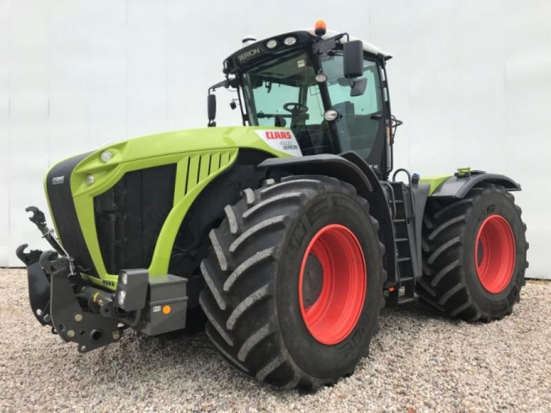 Traktor типа CLAAS XERION 4500 TRAC VC, Gebrauchtmaschine в Landsberg (Фотография 1)