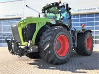 CLAAS XERION 5000 TRAC VC Traktor