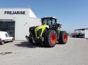 Traktor des Typs CLAAS XERION 5000 TRAC, Gebrauchtmaschine in MONTESQUIEU