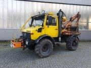 Traktor des Typs Daimler-Benz UNIMOG 424, Gebrauchtmaschine in Sittensen