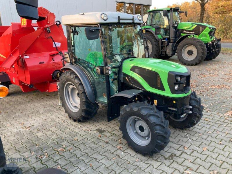 Traktor des Typs Deutz-Fahr 3050, Neumaschine in Delbrück (Bild 1)