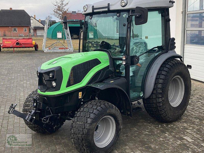 Traktor des Typs Deutz-Fahr 3050, Neumaschine in Karstädt (Bild 1)