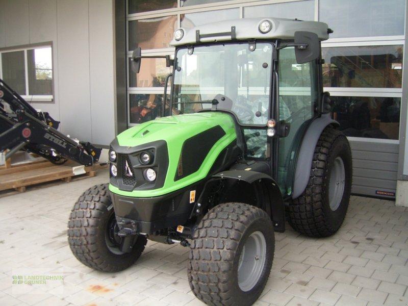 Traktor des Typs Deutz-Fahr 3060, Neumaschine in Hiltpoltstein (Bild 1)