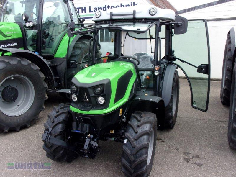 Traktor des Typs Deutz-Fahr 3060, Neumaschine in Buchdorf (Bild 1)