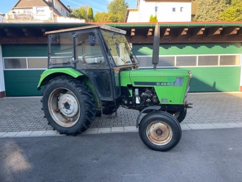 Traktor tipa Deutz-Fahr 4507 mit Servo und Kabine, Gebrauchtmaschine u Niedernhausen (Slika 1)