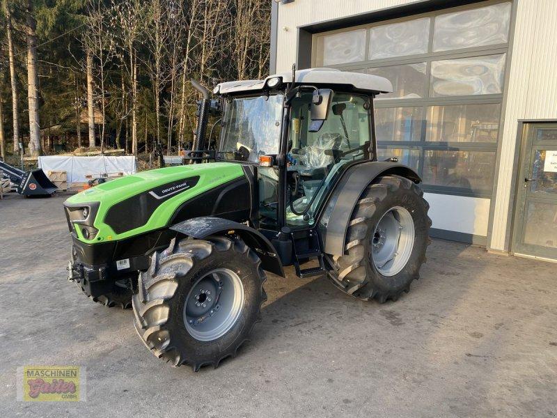 Traktor des Typs Deutz-Fahr 5090.4 D, Neumaschine in Kötschach (Bild 1)