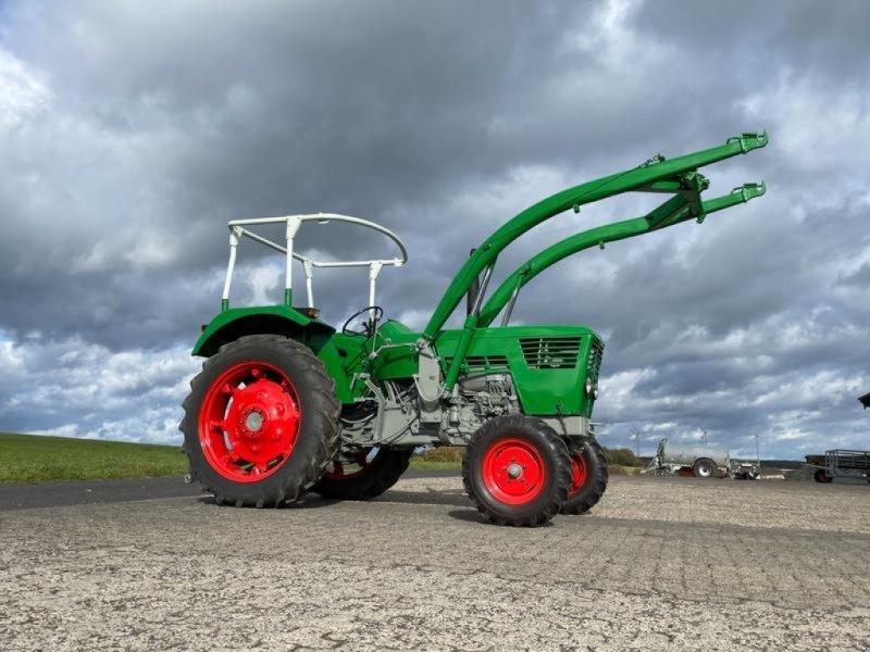 Traktor tipa Deutz-Fahr 6006 Servo + Frontlader, Gebrauchtmaschine u Steinau  (Slika 1)
