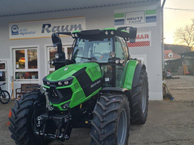 Traktor des Typs Deutz-Fahr 6130 TTV ***BBV Aktion***, Neumaschine in Offenhausen (Bild 1)
