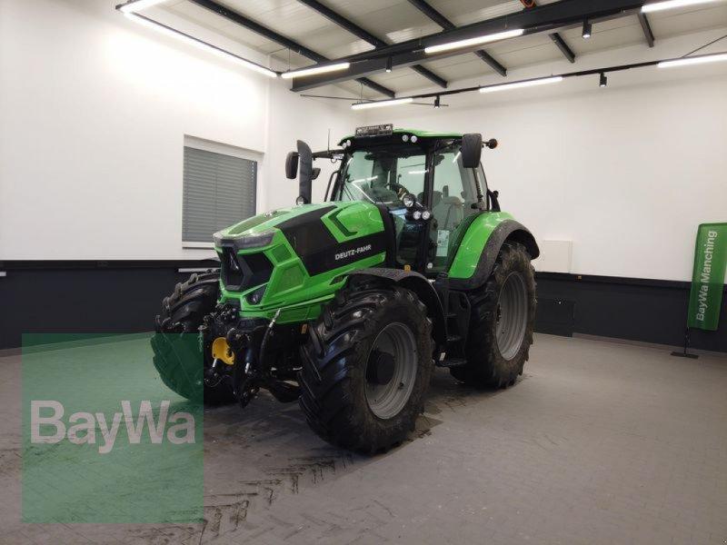 Traktor des Typs Deutz-Fahr 6215 AGROTRON RC SHIFT, Gebrauchtmaschine in Manching (Bild 1)