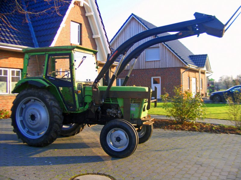 Traktor tipa Deutz-Fahr 6806 Frontlader+Lenkhilfe, Gebrauchtmaschine u Kutenholz (Slika 1)