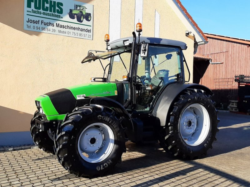 Traktor des Typs Deutz-Fahr Agrofarm 410G mit 1213 Bstd., Gebrauchtmaschine in Laaber (Bild 1)
