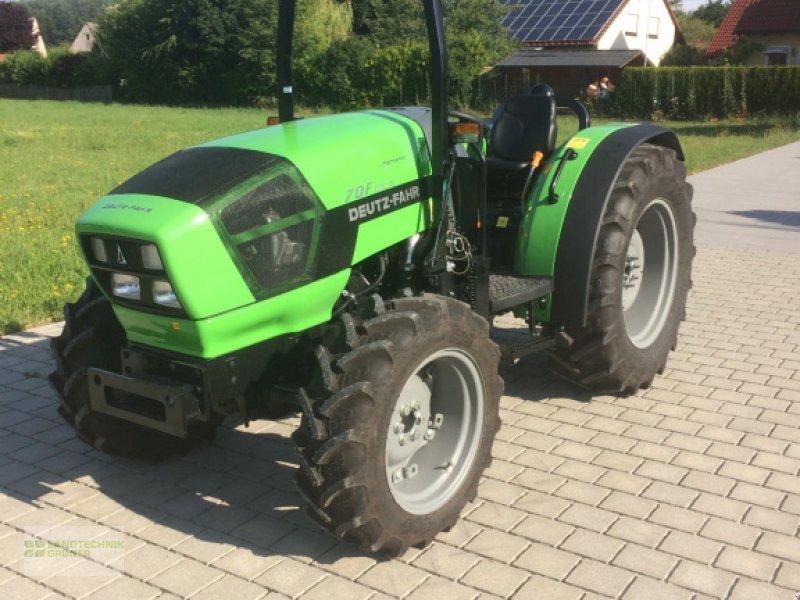 Traktor des Typs Deutz-Fahr Agroplus 70F Keyline, Neumaschine in Hiltpoltstein (Bild 1)