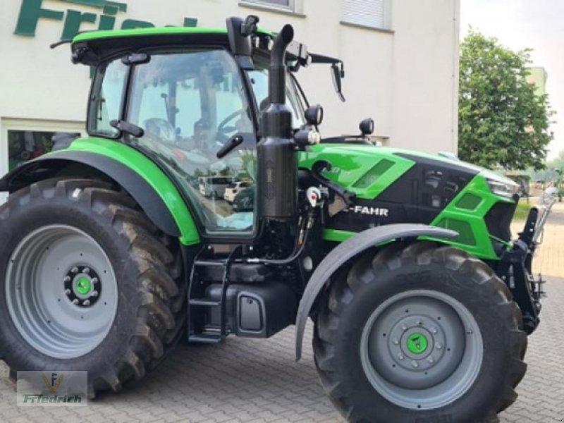 Traktor des Typs Deutz-Fahr Agrotron 6130 TTV, Neumaschine in Bad Lausick (Bild 3)