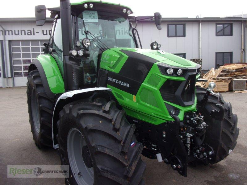 """Traktor des Typs Deutz-Fahr Agrotron 6145.4  """"Aktionsmaschine 5/6 Lastschaltmaschine"""", Neumaschine in Nördlingen (Bild 1)"""