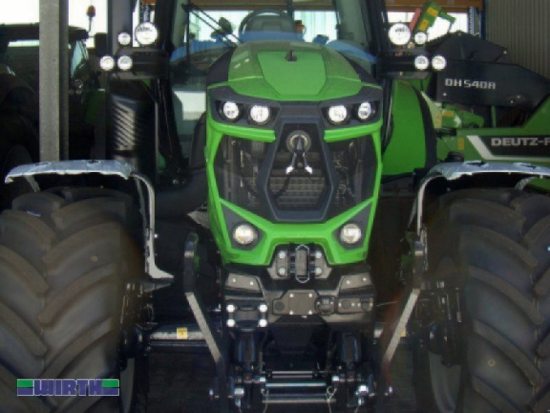 """Traktor des Typs Deutz-Fahr Agrotron 6165 """"RC-shift"""", Neumaschine in Buchdorf (Bild 2)"""