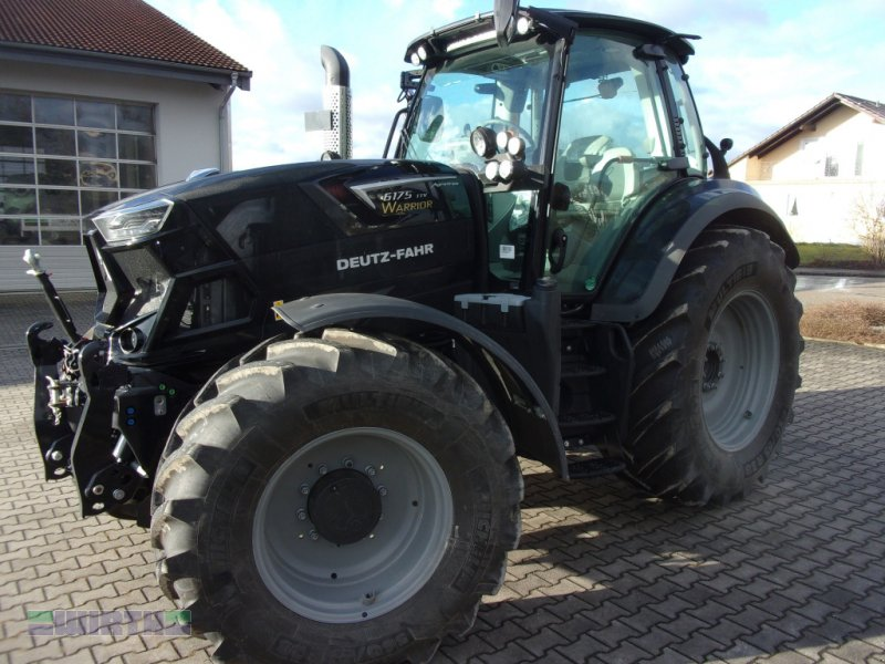 """Traktor des Typs Deutz-Fahr Agrotron 6175 TTV """"WARRIOR SCHWARZ"""", Neumaschine in Buchdorf (Bild 1)"""