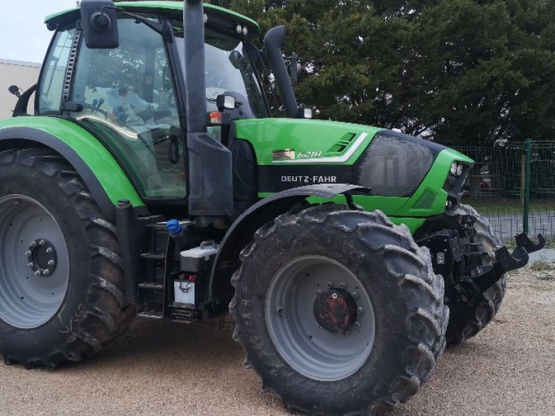 Traktor des Typs Deutz-Fahr AGROTRON 6210, Gebrauchtmaschine in Savigny sur Braye (Bild 1)