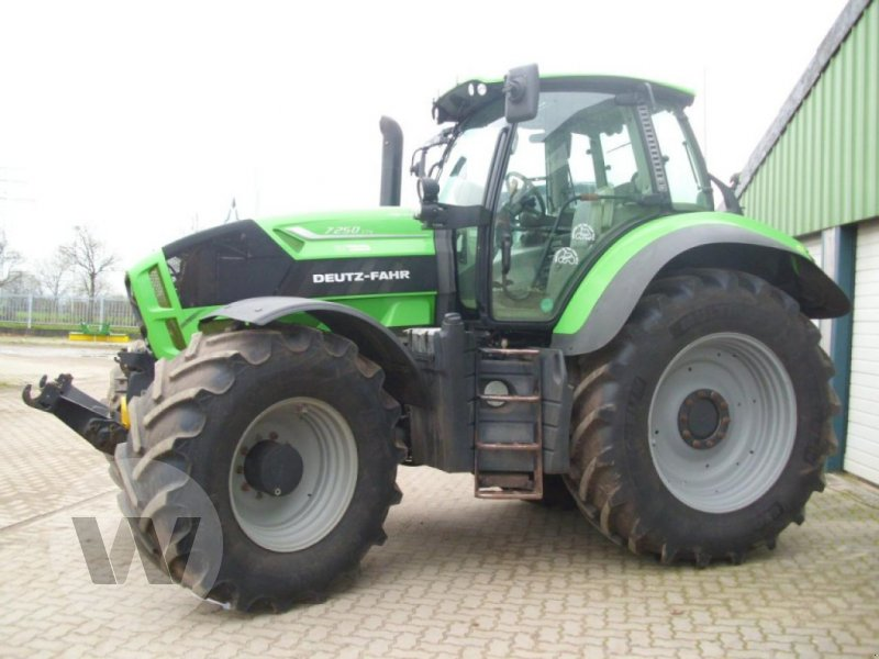 Traktor типа Deutz-Fahr Agrotron 7250 TTV Var.B, Gebrauchtmaschine в Börm (Фотография 1)