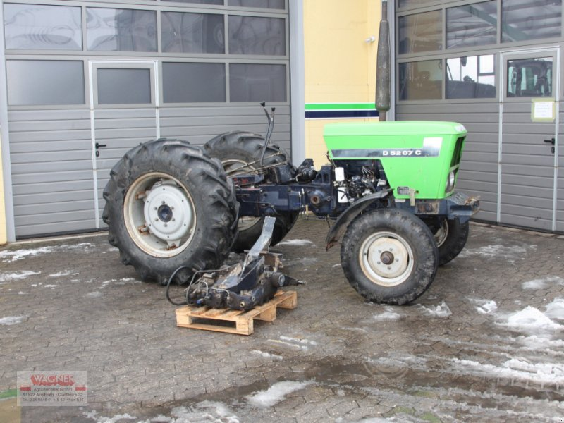 Traktor des Typs Deutz-Fahr D 5207 C zum Ausschlachten, Gebrauchtmaschine in Ansbach (Bild 1)