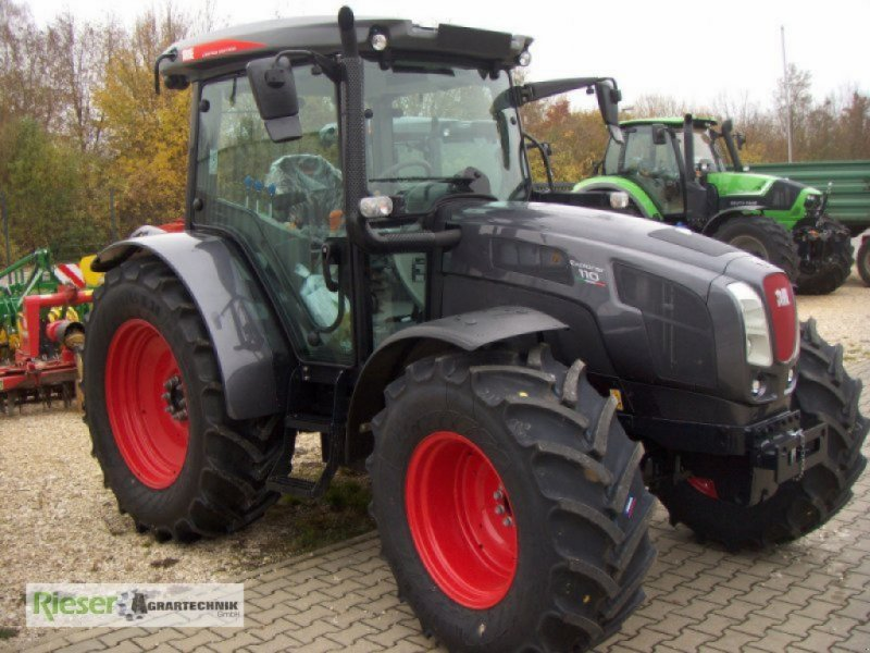 """Traktor des Typs Deutz-Same Explorer 110 GS """"Sondermodell"""", Neumaschine in Nördlingen (Bild 1)"""