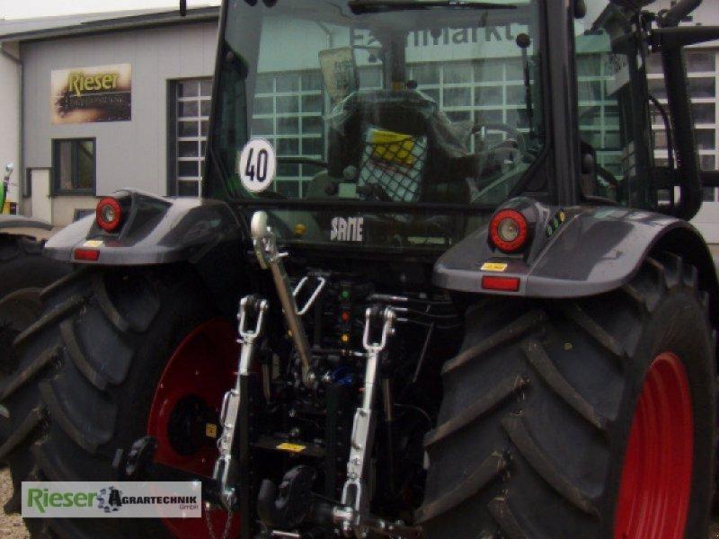 """Traktor des Typs Deutz-Same Explorer 110 GS """"Sondermodell"""", Neumaschine in Nördlingen (Bild 8)"""