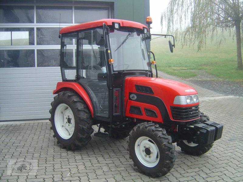 Traktor типа Dong Feng Pacco DF 404 G2 mit Allrad, Vollkabine, Heizung, Servo, Frontgewichte..., Gebrauchtmaschine в Tschirn (Фотография 1)