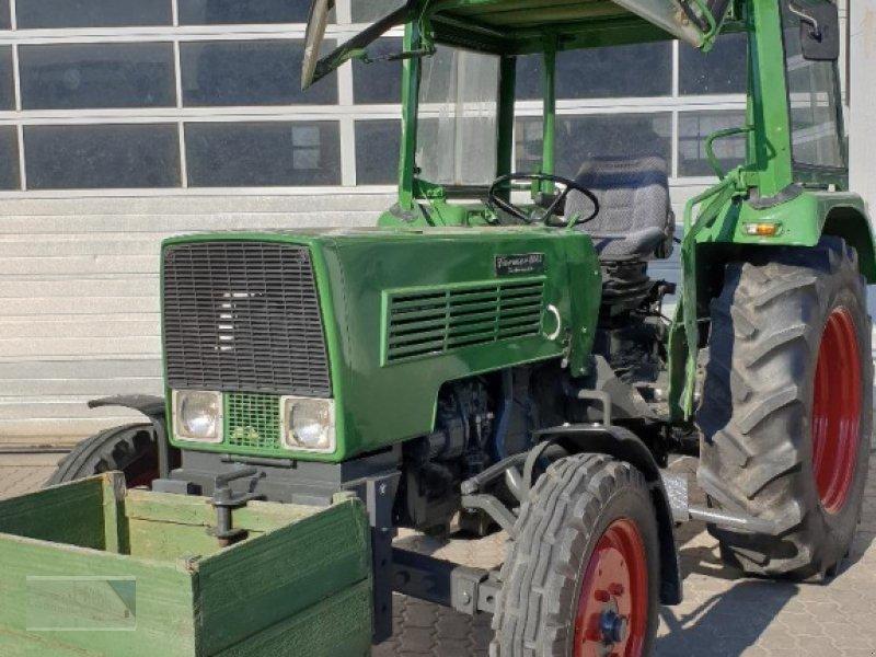 Traktor des Typs Fendt 104 S, Gebrauchtmaschine in Kleinlangheim (Bild 1)