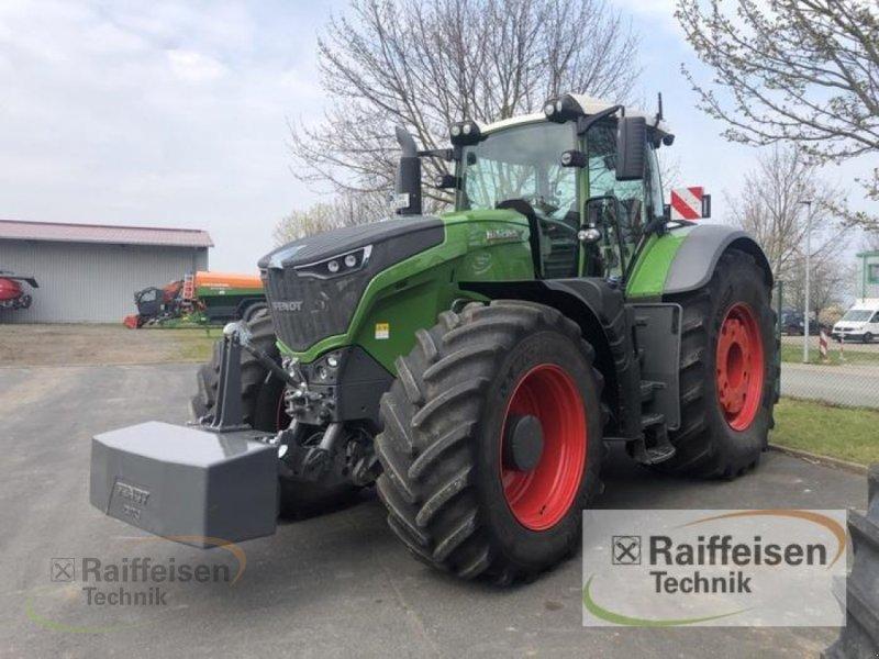 Traktor des Typs Fendt 1046 Vario S4 ProfiPlus, Vorführmaschine in Tüttleben (Bild 1)