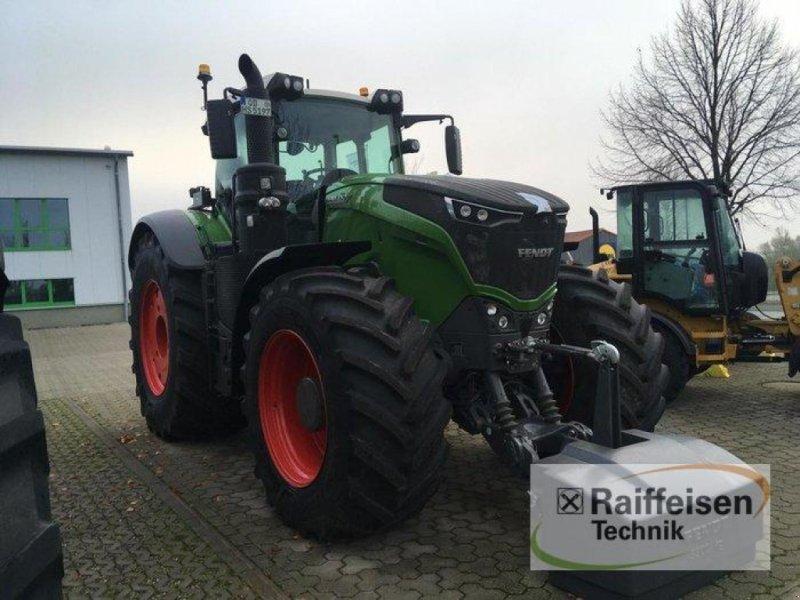 Traktor des Typs Fendt 1050 Vario S4 - T530 - 0, Gebrauchtmaschine in Gadebusch (Bild 1)