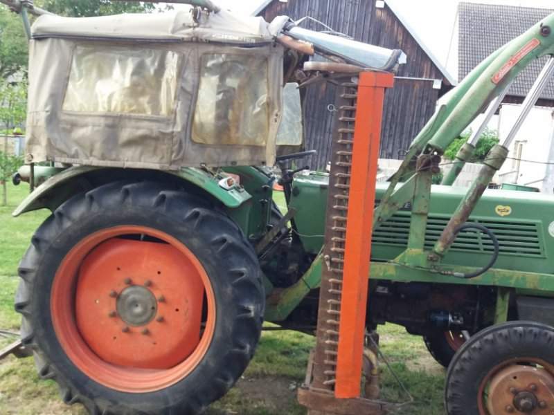 Traktor des Typs Fendt 2 E, Gebrauchtmaschine in Postbauer-Heng (Bild 1)