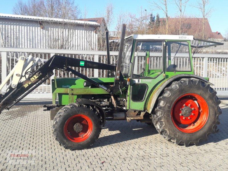 Traktor des Typs Fendt 205PA mit Frontlader, Gebrauchtmaschine in Mainburg/Wambach (Bild 1)