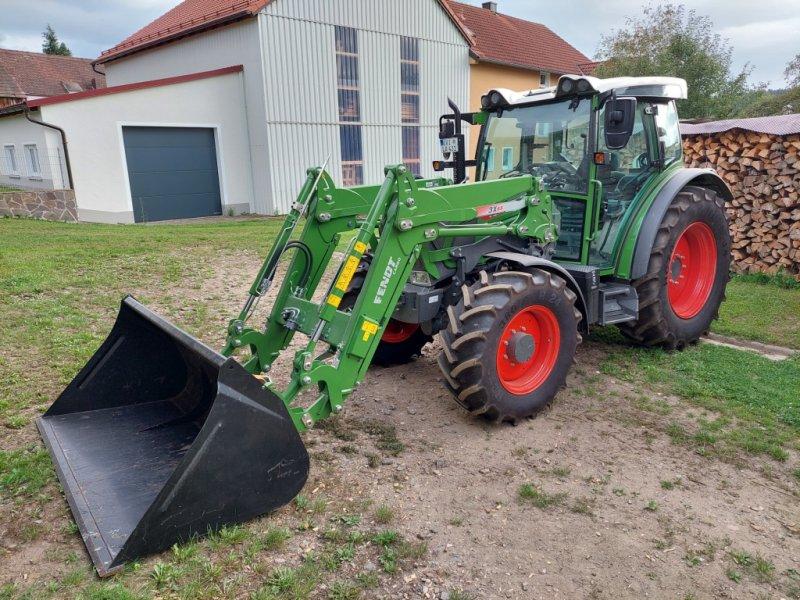 Traktor des Typs Fendt 207 S, Gebrauchtmaschine in Gleiritsch (Bild 1)