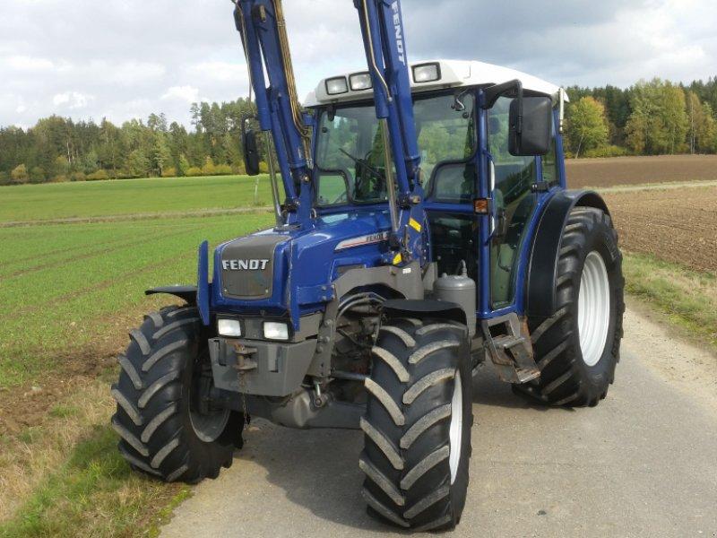 Traktor des Typs Fendt 208 S, Gebrauchtmaschine in Reuth (Bild 1)