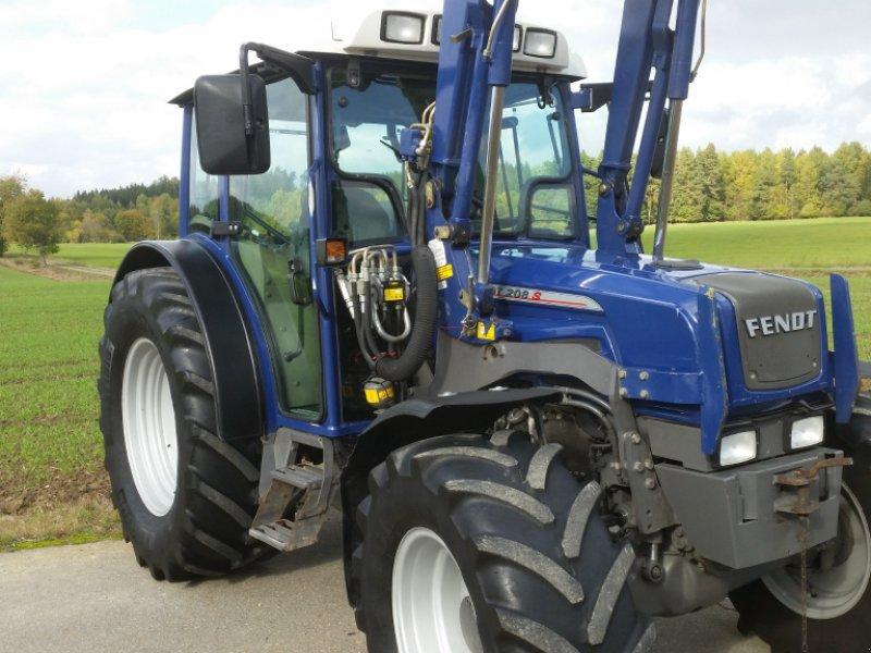 Traktor des Typs Fendt 208 S, Gebrauchtmaschine in Reuth (Bild 8)