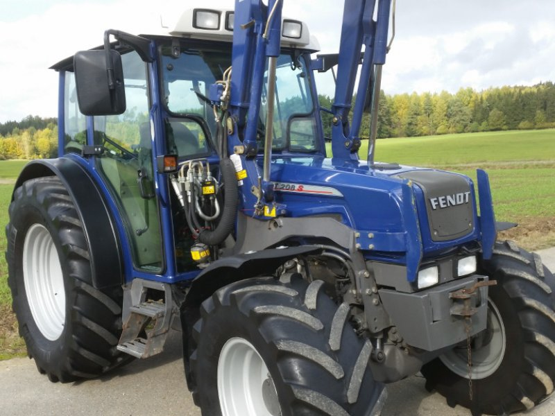 Traktor des Typs Fendt 208 S, Gebrauchtmaschine in Reuth (Bild 9)