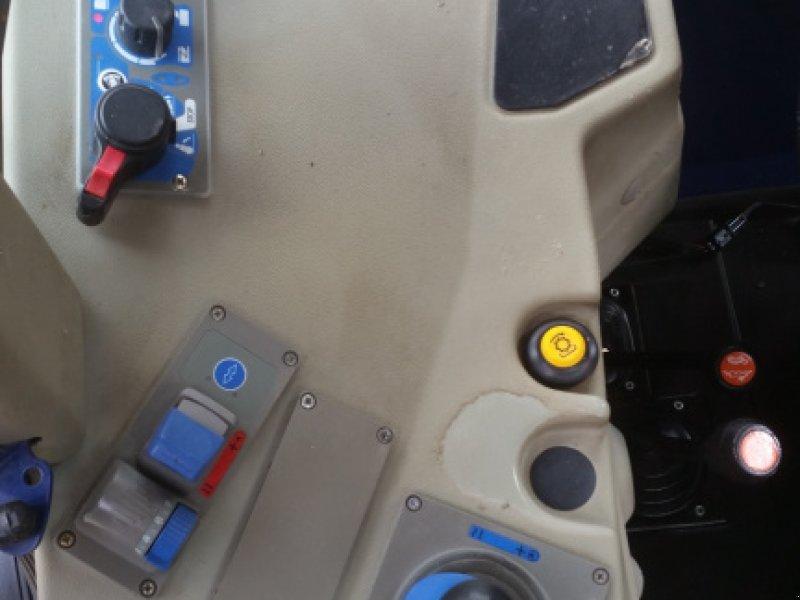 Traktor des Typs Fendt 208 S, Gebrauchtmaschine in Reuth (Bild 21)