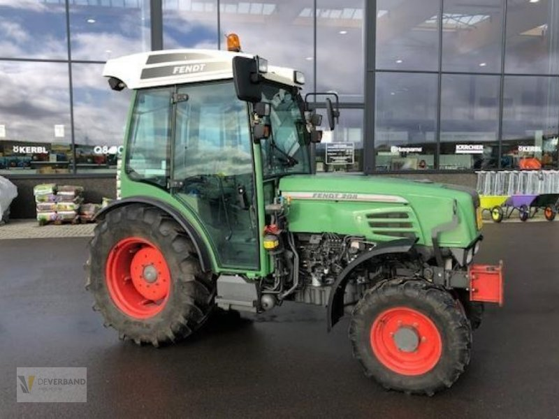 Traktor des Typs Fendt 208 V, Gebrauchtmaschine in Colmar-Berg (Bild 1)