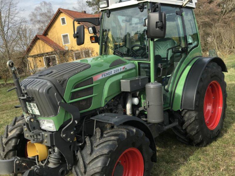 Traktor a típus Fendt 209 P, Gebrauchtmaschine ekkor: Nabburg (Kép 1)