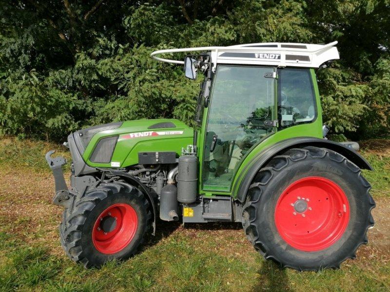 Traktor типа Fendt 210 P Vario S3, Gebrauchtmaschine в Mainburg (Фотография 1)