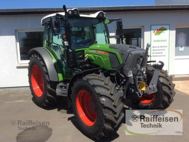 Traktor des Typs Fendt 211 S Vario S3, Neumaschine in Bad Hersfeld (Bild 4)