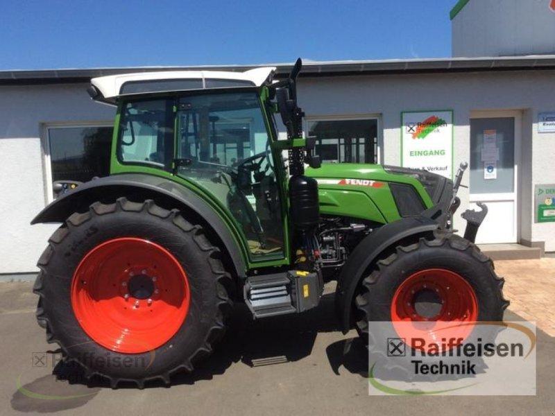 Traktor des Typs Fendt 211 S Vario S3, Neumaschine in Bad Hersfeld (Bild 2)