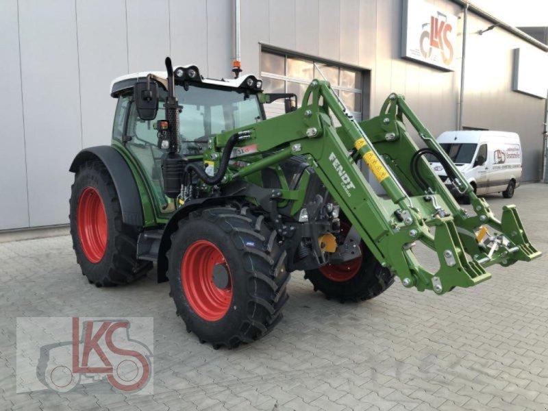 Traktor des Typs Fendt 211 S3, Neumaschine in Starkenberg (Bild 1)