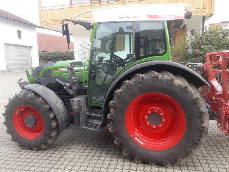 Traktor des Typs Fendt 211 S3, Gebrauchtmaschine in Abensberg (Bild 1)
