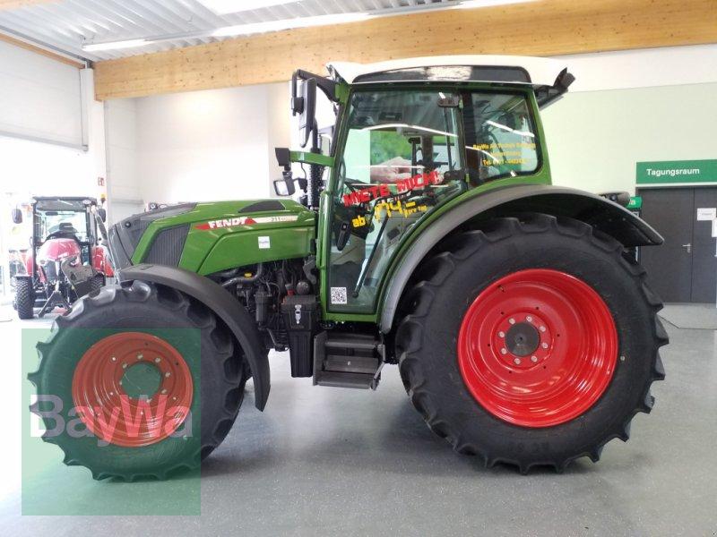 Traktor des Typs Fendt 211 Vario S3  *Miete ab 174€/Tag*, Gebrauchtmaschine in Bamberg (Bild 4)